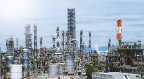 Масляный бак фабрики нефти в Осака Японии Стоковое Изображение