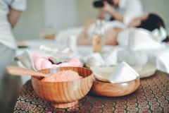 Массаж курорта, здоровья и красоты для кожи Концепция здоровья ` s женщин стоковые фото