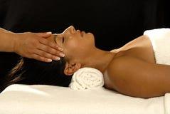 массаж ослабляя Стоковые Фотографии RF