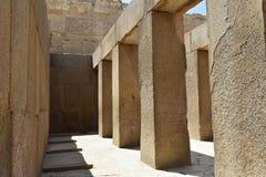 Массивные штендеры в виске долины Khafre на Гизе, Египте стоковое изображение rf