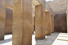 Массивные штендеры в виске долины Khafre на Гизе, Египте стоковое фото rf