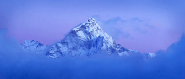 Массив Ama Dablam, Гималаи Непала Стоковые Фото