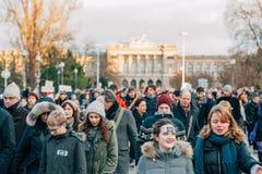 Массовое ралли единства держало в страсбурге следовать за недавним террористом a Стоковые Фотографии RF