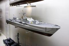 Масштабная модель артиллерийского корабля в музее Стоковые Фото
