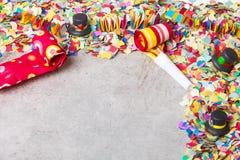 Масленица, Confetti, партия, предпосылка стоковые изображения