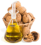 Масло грецких орехов и гаек на белизне Стоковое Изображение