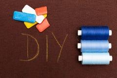 Материал DIY Брауна написанный на ем стоковые фотографии rf