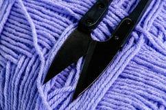 Материалы вязания крючком Стоковые Фотографии RF