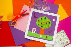 Материалы для делать карточку на таблице Стоковые Фото