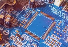 Материнская плата Smartphone абстрактный компьютер предпосылки разделяет тон sepia Стоковые Фото