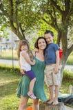 мать детей счастливая стоковые фото