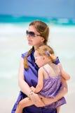 мать дочи пляжа Стоковая Фотография