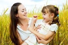 мать дочи счастливая Стоковое Фото
