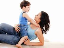 Мать и ее сынок Стоковые Изображения RF