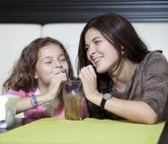 Мать и дочь Стоковое фото RF