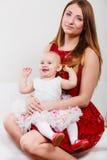 Мать красоты с малышом Стоковая Фотография