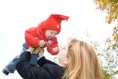 мать младенца Стоковая Фотография