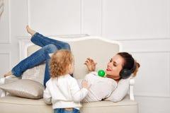 мать дочи маленькая Утеха семьи Стоковое Изображение RF