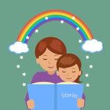 Мать читая ее дочь рассказ Стоковая Фотография RF