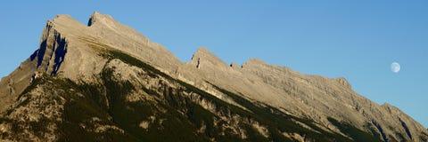 Маунт Rundle Стоковая Фотография RF