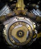 Маховик и коллектор мощного клиновидного двигателя Стоковое Изображение