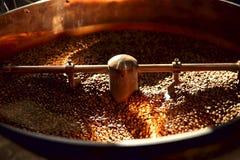 Машина жарки кофе E стоковое фото