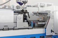 Машина инжекционного метода литья стоковое фото