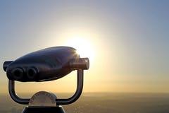 Машина просмотра неба с предпосылкой солнечности Стоковые Фотографии RF