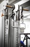 Машина прочности в спортзале стоковые изображения