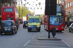 Машина скорой помощи в Лондоне Стоковые Фото