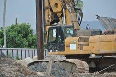 Машина снаряжения кучи скважины в строительной площадке Стоковая Фотография RF