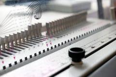 Машина Bookbinding Оборудование и машины печатания стоковые изображения rf
