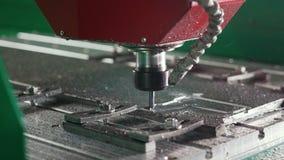 Машина CNC филируя или сверля акции видеоматериалы
