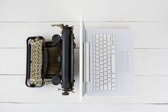 машинка компьтер-книжки стоковая фотография rf