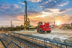 Машинное оборудование для конструкции моста Стоковая Фотография RF
