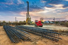 Машинное оборудование для конструкции моста Стоковая Фотография