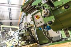 Машинное оборудование токарного станка металла Стоковые Изображения