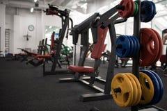 Машины тренировки в спортзале Стоковое Изображение RF