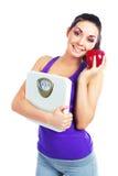 маштабы девушки яблока Стоковые Фото