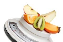маштабы кухни плодоовощей Стоковая Фотография RF