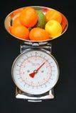 маштабы кухни плодоовощ Стоковое Изображение RF