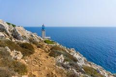 Маяк на маяке Tainaron накидки в Mani Греции стоковая фотография rf