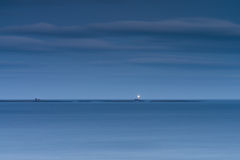 Маяк Longstone в голубом часе Стоковые Фото