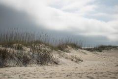 Маячить погоды передний над пляжем стоковые фотографии rf