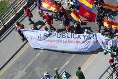 Малага (Испания), 14-ое апреля 2013: Демонстрации против монархии в годовщине республики II Стоковые Изображения RF