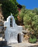 Малая белая церковь в Греции Стоковая Фотография
