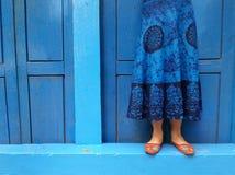 Малая дверь на базаре ходит по магазинам в Непале Стоковые Фотографии RF