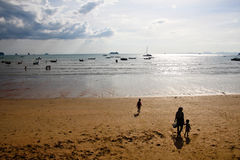 Малая вода на пляже Стоковая Фотография