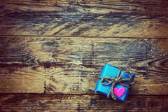 Малая голубая подарочная коробка Стоковое Изображение