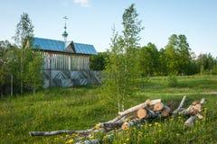 Малая деревянная церковь на Sergeevo, Palekh, зоне Владимира, России Стоковое Фото